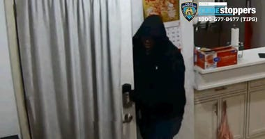 Women robbed, sexually assaulted in Little Neck, Queens