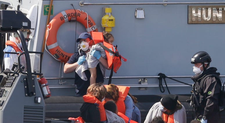 UK military asked to help stem Channel migrant crossings