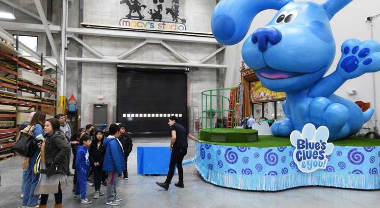Blue's Clues and You! by Nickelodeon Float