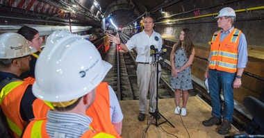Cuomo tours the L train tunnel