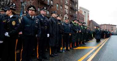 Thousands honor slain New Jersey detective at funeral