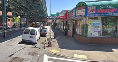 Man stabbed in Soundview bodega.