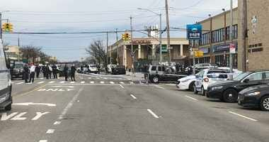 Police shooting Queens