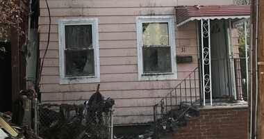 Staten Island fire stabbing