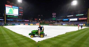 Phillies rain delay