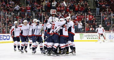 Capitals' Alex Ovechkin becomes 8th player with 700 goals