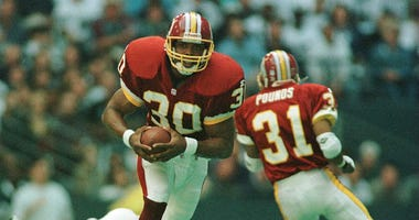 Brian Mitchell returns a kick against the Cowboys in 1995.