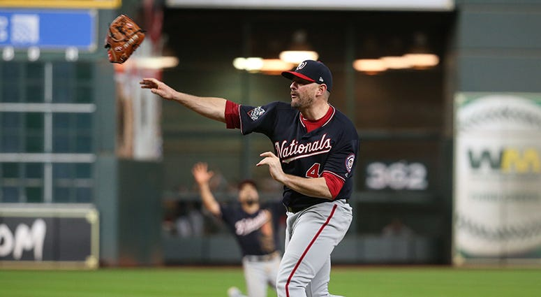 Nationals to re-sign Daniel Hudson to two-year deal