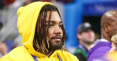 Derrius Guice doubles down on photo with President Trump