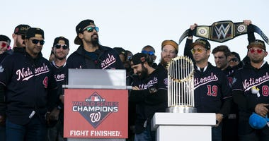 Anthony Rendon speaks at the Washington Nationals World Series parade.