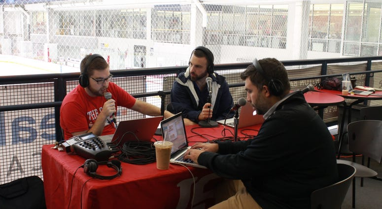 Grant & Danny get started with their live broadcast during the Capitals first practice.