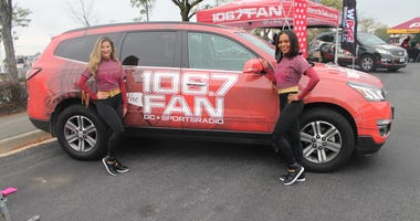 106.7 The Fan Street Team interact with listeners and Redskins fans at FedExField.