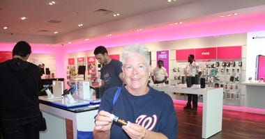 Michael A. Taylor, of the Washington Nationals, joins 106.7 The Fan's Grant Paulsen to meet and greet fans at T-Mobile in Pentagon City.