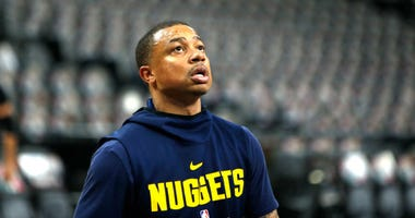 Isaiah Thomas with the Denver Nuggets