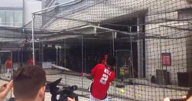 John_Wall_Hitting