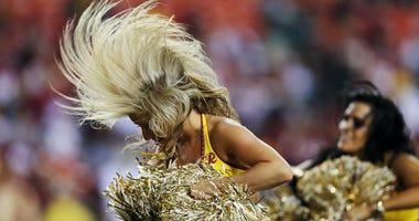 Redskins_Cheerleaders_2013