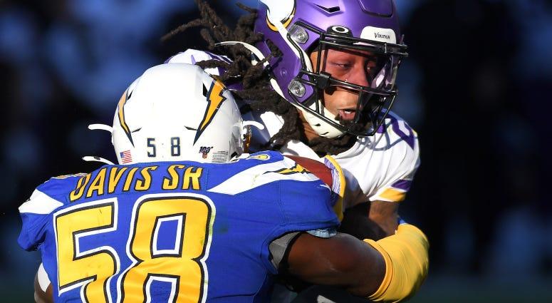 Thomas Davis gives Redskins a throwback feel
