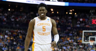 Wizards sign 2nd-round pick Admiral Schofield to a three-year contract.