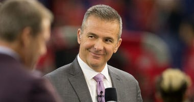 Urban Meyer in owner's box for Redskins-Eagles