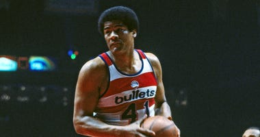 Bullets great Wes Unseld dead at 74