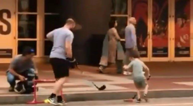 Father_Son_Street_Hockey