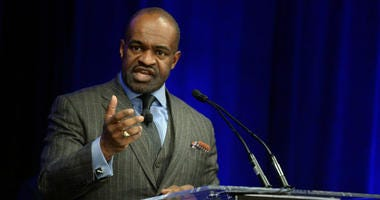 NFLPA Executive Director DeMaurice Smith speaks at a press conference.