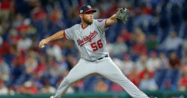 Nationals sign relief pitcher Greg Holland.