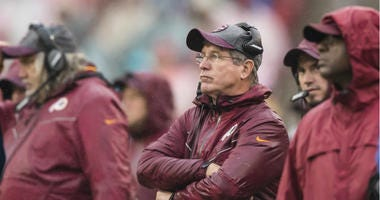 Redskins head coach Bill Callahan looks on at another Washington loss. Scott Taetsch/Getty Images