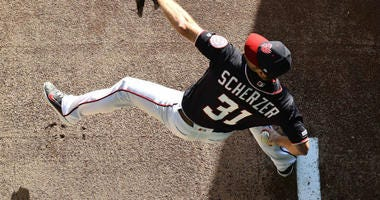 Nationals' Max Scherzer breaks his nose in pre-game bunting drill