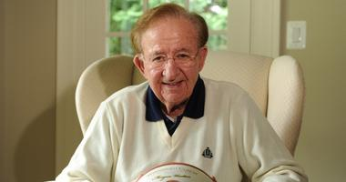 Morgan Wootten was a titan on and off court