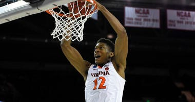 DeAndre_Hunter_Dunk