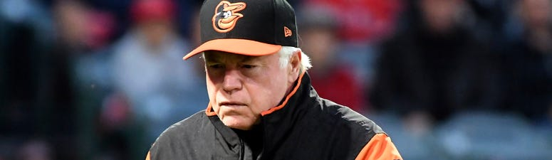 Buck Showalter interviews for Astros opening