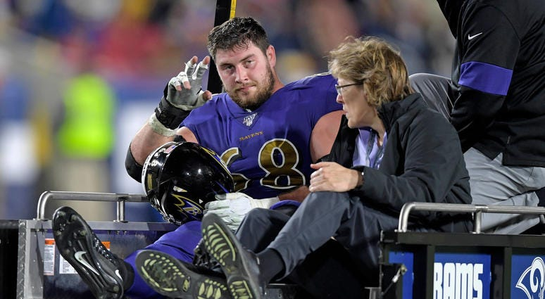 Matt Skura carted off field with knee injury
