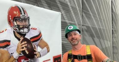 A Browns Fan Construction Worker Did Some Sneaky Redecorating at the Ravens' Stadium