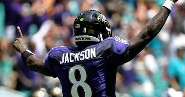 Lamar Jackson Wins AFC Offensive Player of the Week