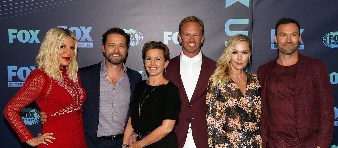 90210 Cast In The Opening Credits For Bh90210 Wkis