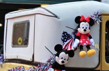 Mickey And Minnie's Runaway Railway Opens At Disney World