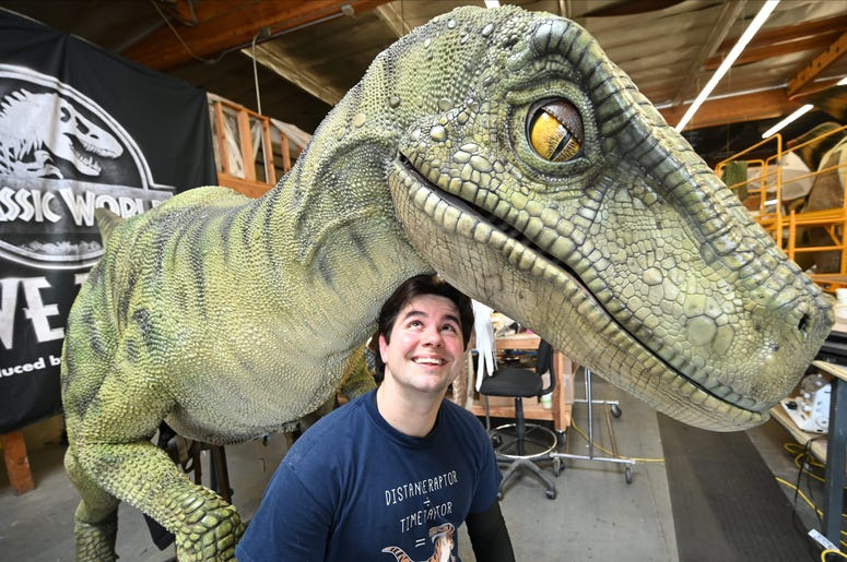 """Universal Studios Has A """"Jurassic World"""" Watch Party Friday"""