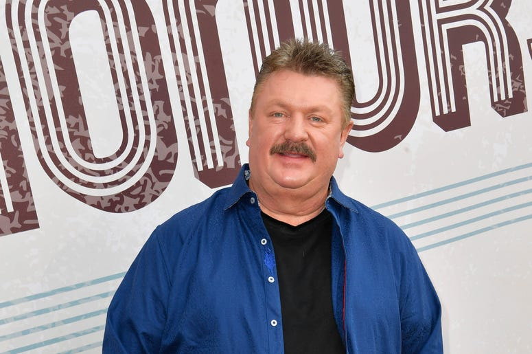 Joe Diffie Dead At 61 From Coronavirus Wkis