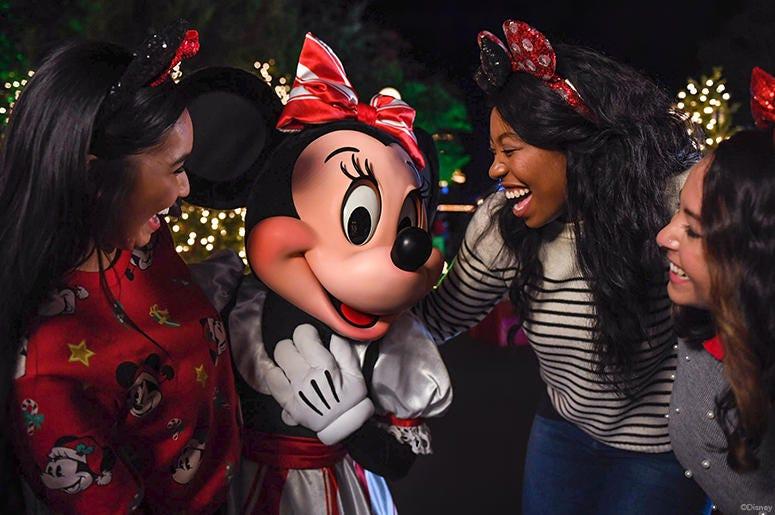 Disney AP 775