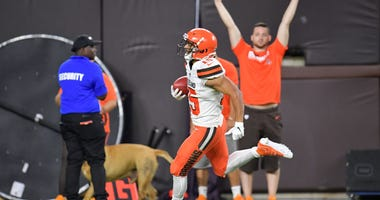 CLEVELAND, OHIO - AUGUST 08: Punt returner Damon Sheehy-Guiseppi #15 of the Cleveland Browns returns a punt 86 yards for a touchdown during the second half of a preseason game against the Washington Redskins at FirstEnergy Stadium on August 08, 2019 in Cl