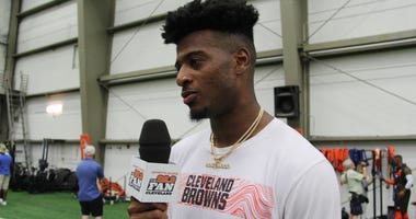 Rashard Higgins talks with Adam the Bull after Day 2 of Cleveland Browns Training Camp