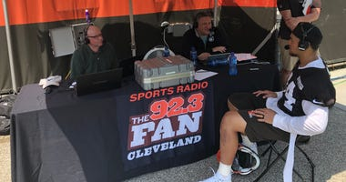 Browns linebacker Sione Takitaki joins Andy Baskin and Jeff Phelps at Browns training camp.