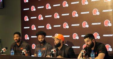Odell Beckham Jr with Browns teammates