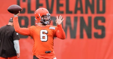 Jun 12, 2018; Berea, OH, USA; Cleveland Browns quarterback Baker Mayfield (6) throws a pass during minicamp at the Cleveland Browns training facility.