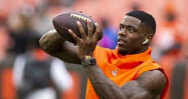 Cleveland Browns wide receiver Josh Gordon (12) makes a catch during warmups before the game at FirstEnergy Stadium.