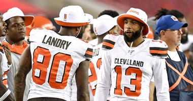 Cleveland Browns wide receiver Odell Beckham (13) and wide receiver Jarvis Landry (80)