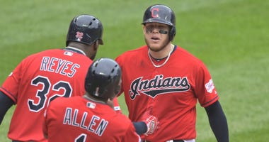 CLEVELAND, OH – The Indians may be out of the AL Central race, but that didn't stop them from rebounding from two Saturday losses to the Twins. Cleveland scored four runs in the sixth inning and held on to beat Minnesota 7-5 on Sunday.  Roberto Perez had