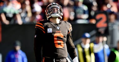 Cleveland Browns quarterback Baker Mayfield (6) reacts after throwing an interception during the second half against the Seattle Seahawks at FirstEnergy Stadium.