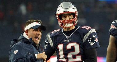 Josh McDaniels Tom Brady